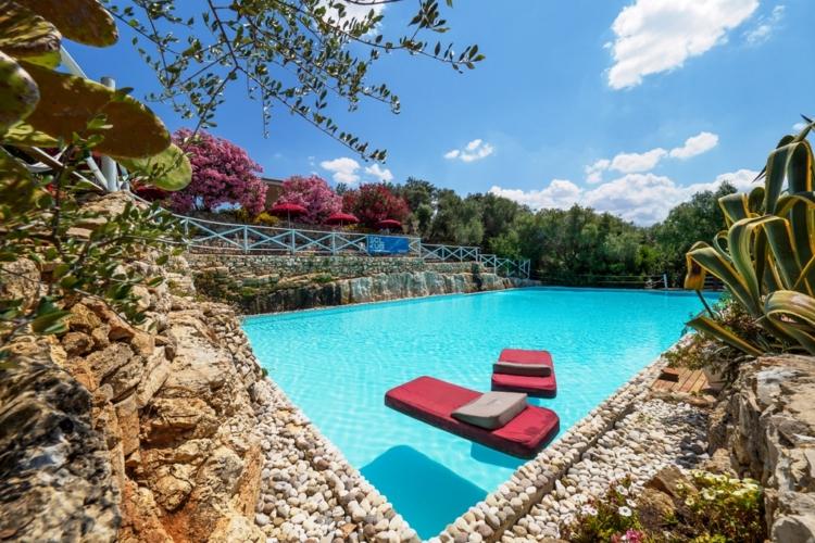 Le piscine masseria rottacapozza torre mozza ugento - Piscine a lecce ...